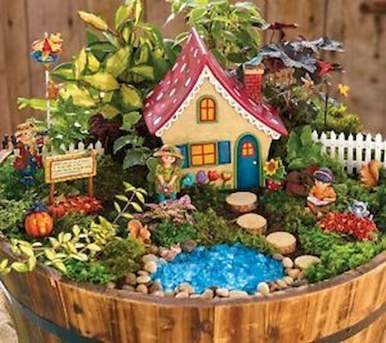 47 Amazing Miniature Garden Design Ideas (38)