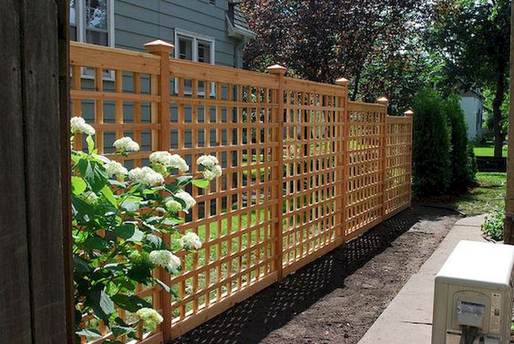 57 Gorgeous Garden Fence Design Ideas (36)