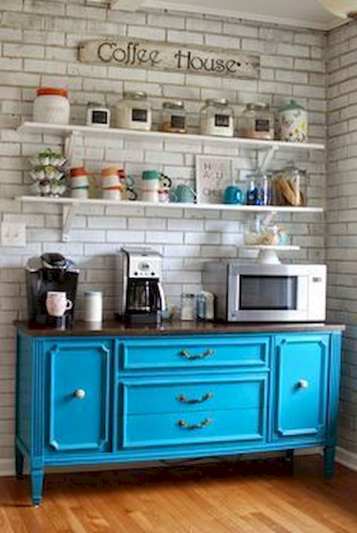 60 Best Mini Coffee Bar Ideas for Your Home (18)