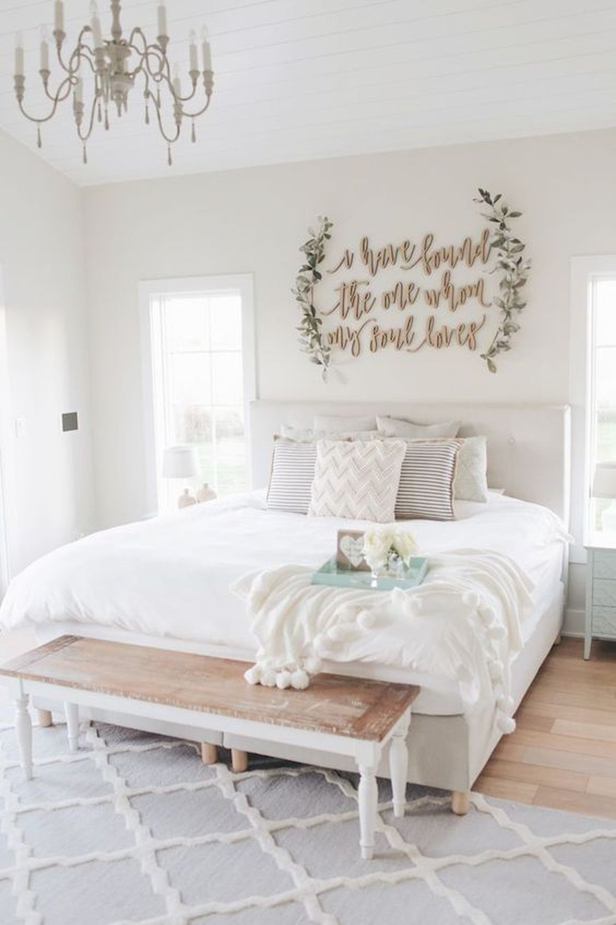 53 best farmhouse wall decor ideas for bedroom ideaboz - Bedroom wall decor ideas ...