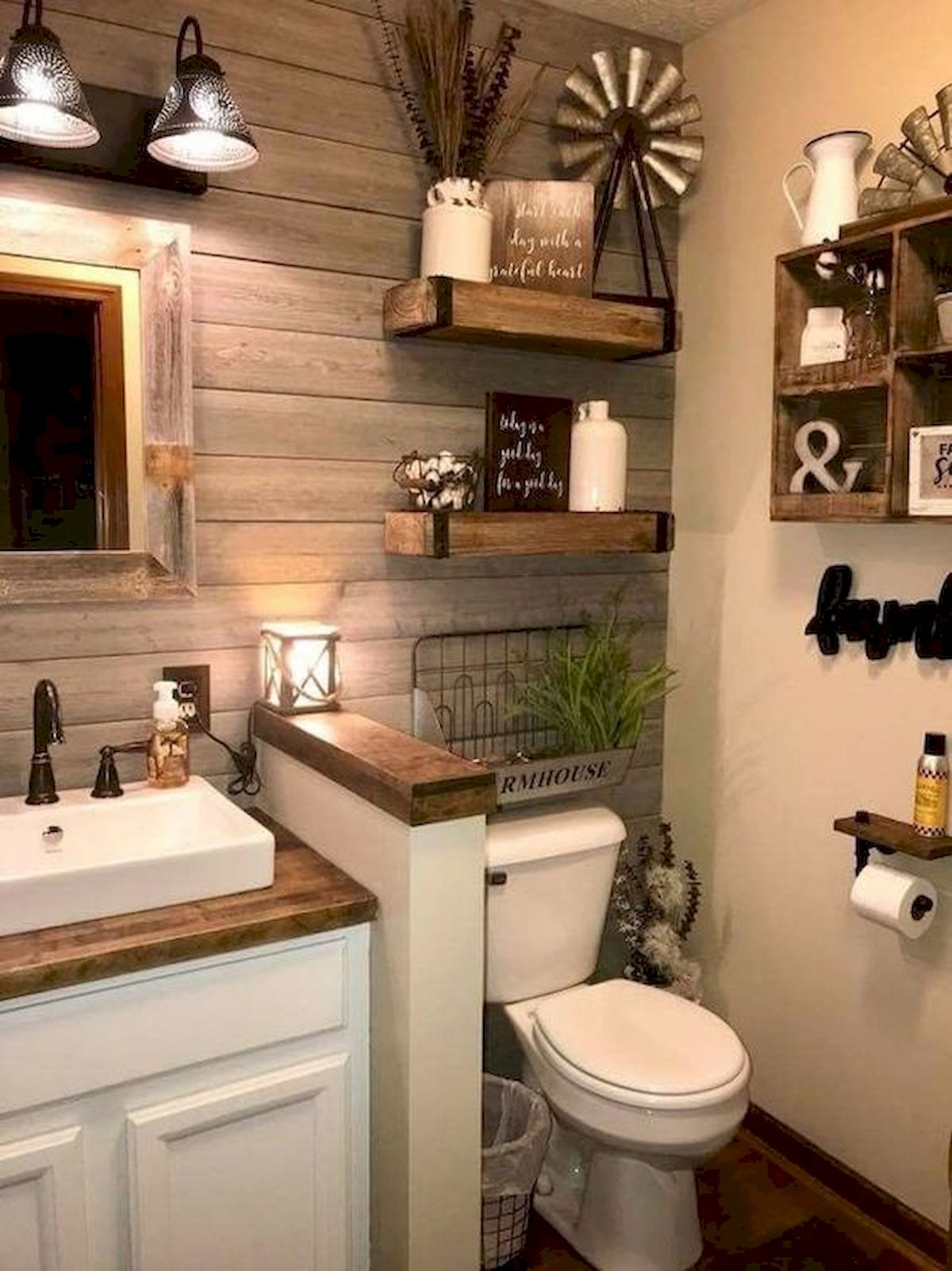 59 Best Farmhouse Wall Decor Ideas For Bathroom